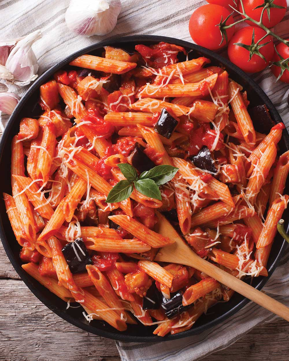 Cheesy Baked Penne with Roasted Pepper Sauce